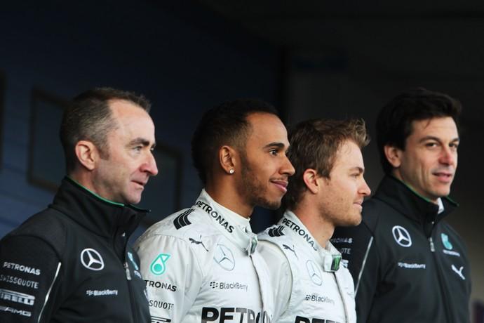 Lewis Hamilton e Nico Rosberg se reuniram com Toto Wolff e Paddy Lowe  (Foto: Getty Images)