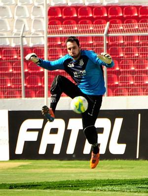 Roberto, goleiro da Ponte Preta (Foto: Raul Pereira/ GloboEsporte.com)