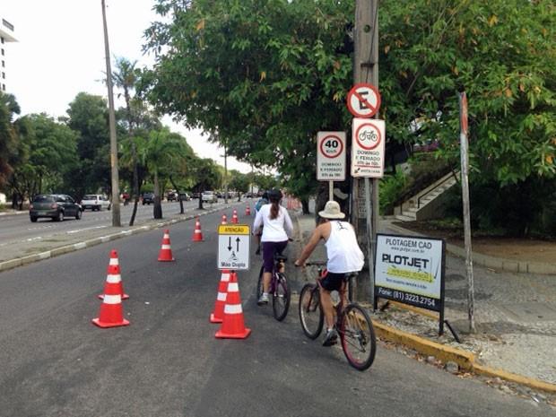 Ciclistas puderam circular pelas ruas da cidade com segurança neste domingo (Foto: Ronan Tardin/TV Globo)
