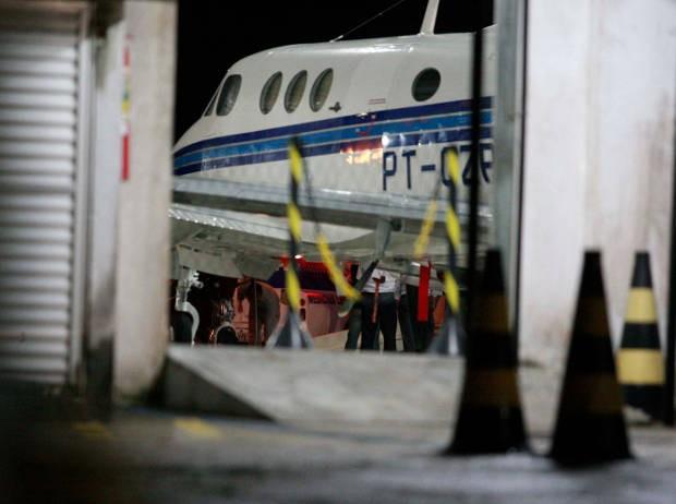 Corpos de vítimas de acidente aéreo chegaram a Belém. (Foto: Tarso Sarraf/ O Liberal)