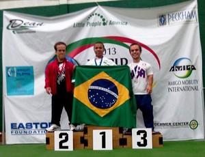 Atletas de halterofilismo anões de Uberlândia participam do Campeonato Mundial de Anões e ganham ouro (Foto: FUTEL/Divulgação)