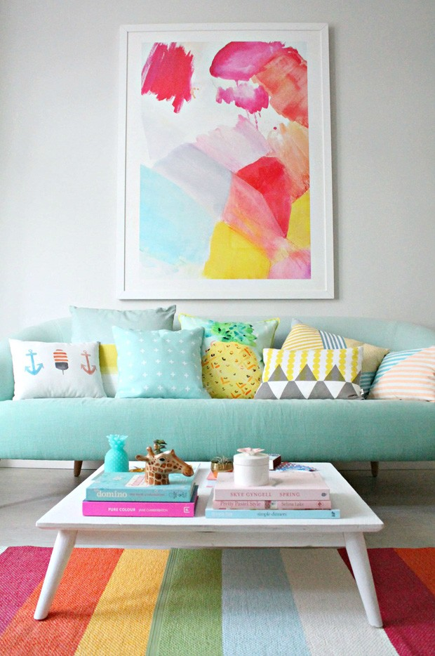 Décor do dia: sala de estar multicolorida