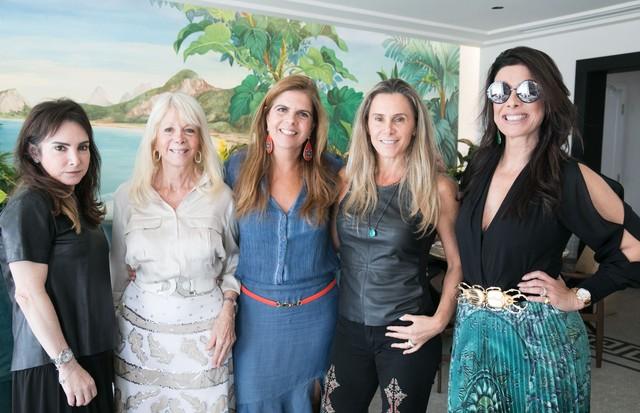 Kiki Perelmuter, Liliane Hacco, Silvie Grimberg, Priscila Szafir e Patricia Brandao (Foto: Divulgação)