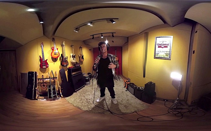 Vídeo 360° mostra Léo Régis dentro do estúdio de gravação  (Foto: TV Globo)