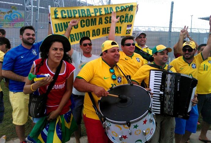 torcida brasil estádio castelão (Foto: Juscelino Filho)