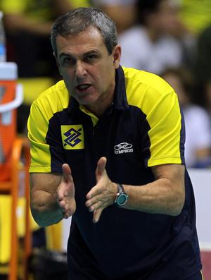 José Roberto Guimarães seleção vôlei (Foto: Gaspar Nóbrega / VIPCOMM)