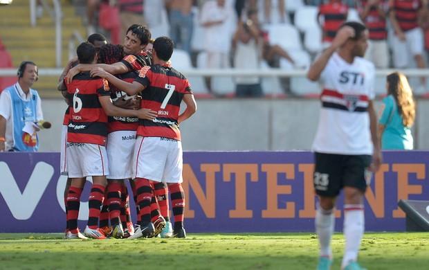 Gonzalez gol Flamengo (Foto: Alexandre Loureiro / VIPCOMM)