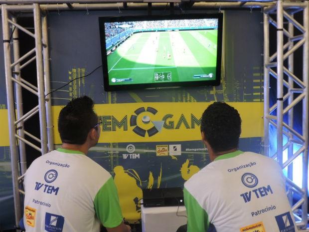 Competidores vão lutar pelo título do campeonato em dois jogos (Foto: Diogo Marques/G1)