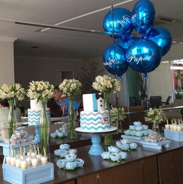 Deborah Secco mostra a primeira festa de Dia dos Pais de Hugo Moura (Foto: Reprodução/Instagram)