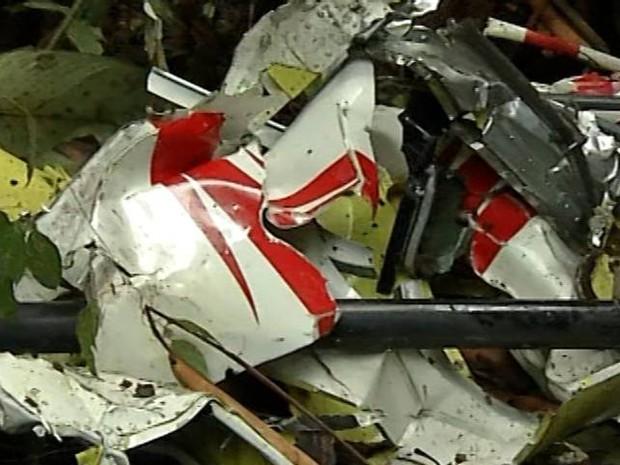 Aeronave ficou destruída acidente tracuateua pará helicóptero (Foto: Reprodução/TV Liberal)