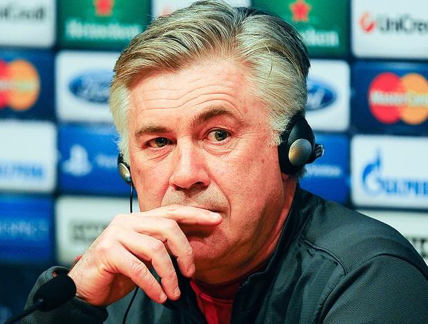 Carlo Ancelotti coletiva PSG (Foto: Getty Images)