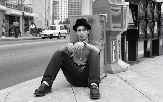 Jeff Buckley. A voz acrobática e os poderosos arranjos de guitarra elevariam seu nome ao sucesso, mas apenas depois de sua morte (Foto: David Tonge/Getty Images)