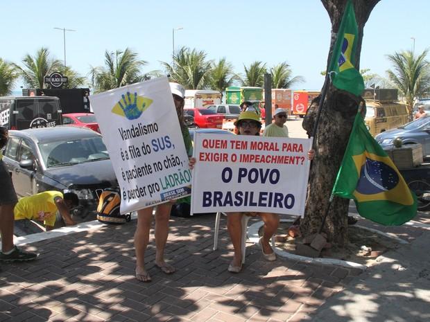 A funcionária pública Helena Vicentine disse que o país deve se mobilizar contra a corrupção (Foto: Waldson Costa / G1)