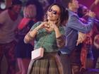 Suzana Pires encanta ao interpretar 'Lança-Perfume' com estilo descolado!