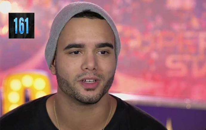 Gabriel Bastos, vocalista da 161, banda classificada no 'SuperStar' (Foto: TV Globo)