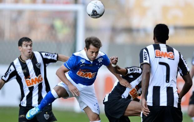 Atlético-MG e Cruzeiro se enfrentam em jogo da 28ª rodada do Brasileirão (Foto: Washington Alves/Vipcomm)