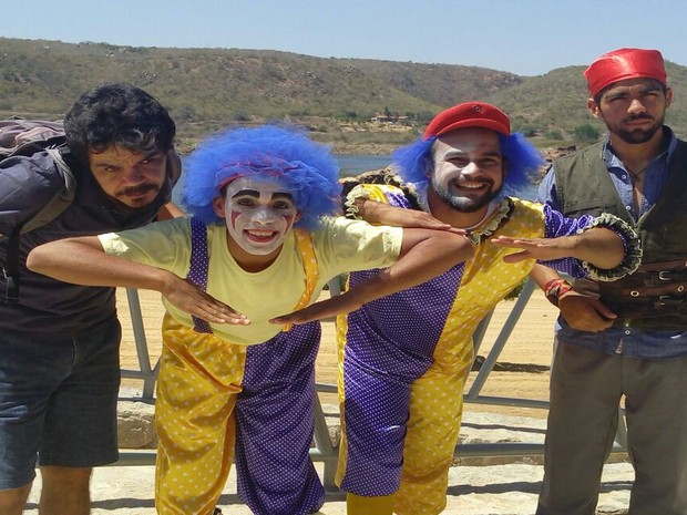 Artistas de circo se preparam para homenagem  (Foto: Fernando Petrônio/TV Sergipe)