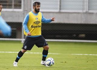 Douglas, meia do Grêmio (Foto: Lucas Uebel / Grêmio, DVG)