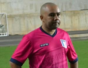 Cleiton Marcelino, técnico do time Sub-20 do Espírito Santo (Foto: Sidney Magno Novo/GloboEsporte.com)
