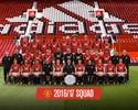 """United faz foto da temporada sem Schweinsteiger e """"taça de Van Gaal"""""""