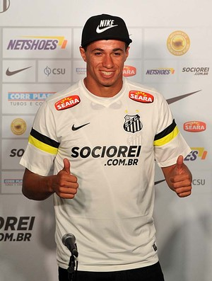 Leandro Damião Santos (Foto: Ivan Storti/Divulgação Santos FC)