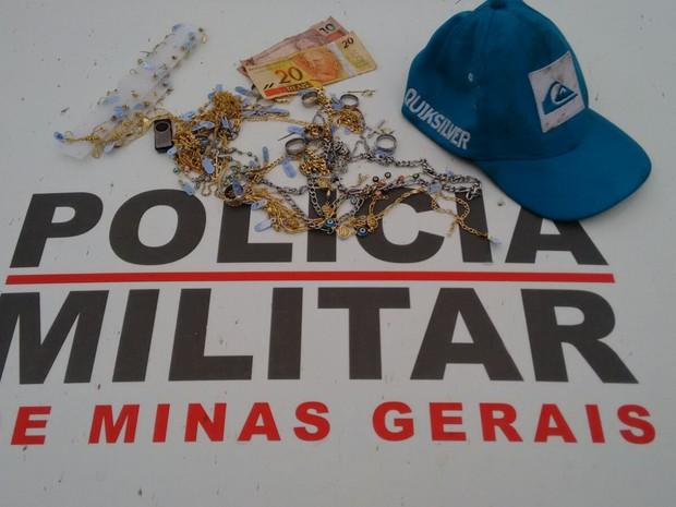 assalto em Cláudio (Foto: Polícia Militar de Cláudio/Divulgação)