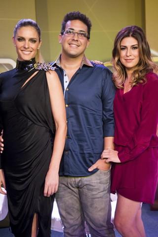 Fernanda Lima, André Marques e Fernanda Paes Leme comandam o SuperStar (Foto: João Miguel JR./Globo)