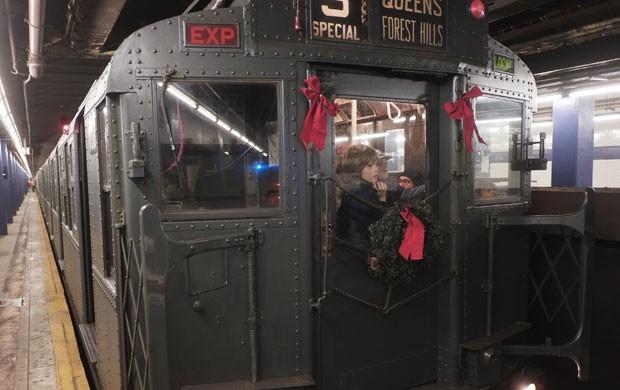 Vagão antigo circula em metrô de Nova York (Foto: Preston Rescigno/Getty Images/AFP)