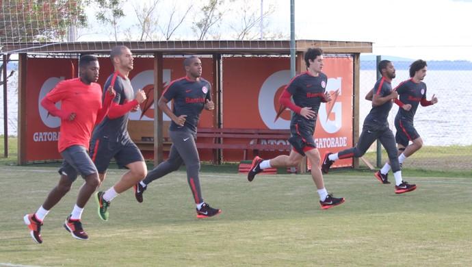 Inter, Fred, Nilton, Anderson, Rodrigo Dourado, Raphinha, Valdívia (Foto: Tomás Hammes/GloboEsporte.com)