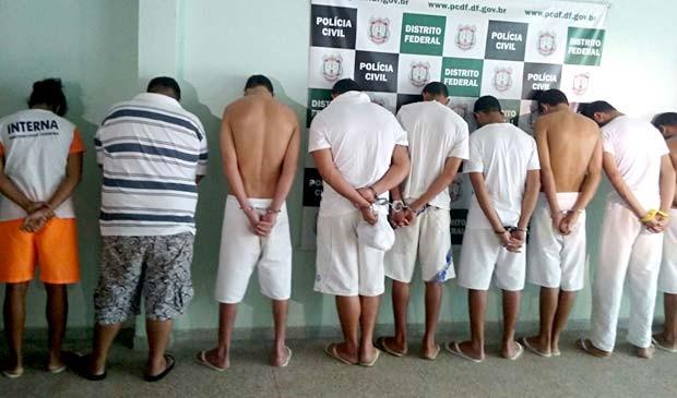 Suspeitos de pertencer a um grupo que praticava roubos no DF e Entorno (Foto: Isabella Formiga/G1)