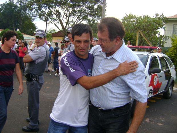 Altemar Canelada Campos foi eleito prefeito de Fernão neste domingo (Foto: Cesar Evaristo/ TV TEM)