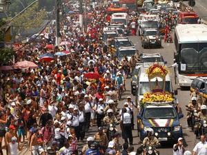 Traslado para Ananindeua é a primeira e mais longa das 11 romarias do Círio de Nazaré. (Foto: Tarso Sarraf / O Liberal)