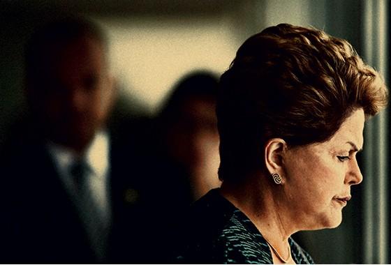 RECORDE A presidente Dilma Rousseff no Palácio  do Planalto.  Três derrotas significativas na mesma semana  (Foto: Ueslei Marcelino/Reuters)