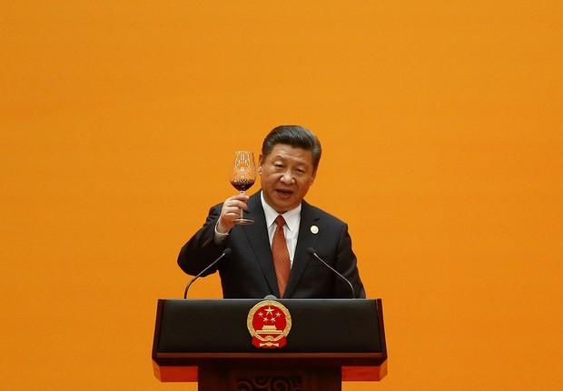 """China promete US$ 124 bilhões para nova """"rota da seda"""""""