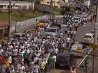Protesto pede volta das atividades da Samarco em Mariana