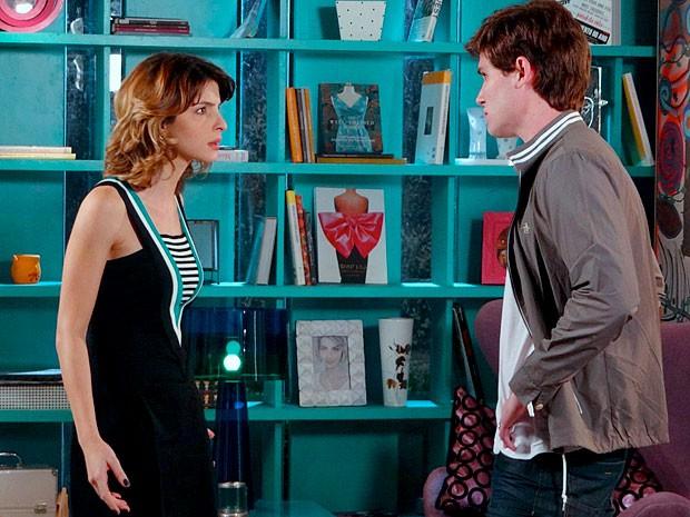 Casal em crise: Isadora e Conrado discutem feio (Foto: Cheias de Charme / TV Globo)