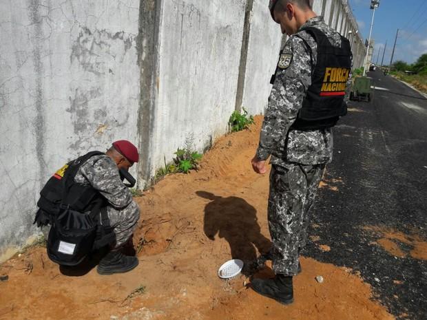 Túnel foi encontrado entre as garitas 5 e 6 (Foto: Divulgação)