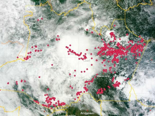 Imagem do Inpe mostra focos de incêndio no estado (Foto: Reprodução/Inpe)