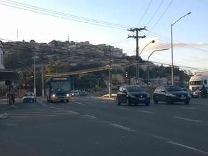 ônibus urbano Avenida Brasil Juiz de Fora  (Foto: Roberta Oliveira/ G1)