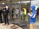 Portões são fechados, e prova da 2ª fase do vestibular da UFPR começa