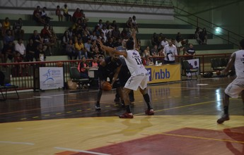 Santos-AP abre 14 pontos, mas leva a virada do Contagem na Liga Ouro