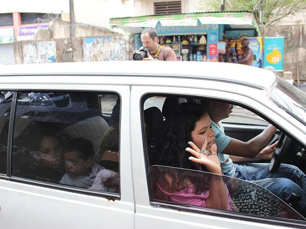 Adriele Almeida chega atrasada para prova do Enem na Bahia (Foto: Ida Sandes/ G1)