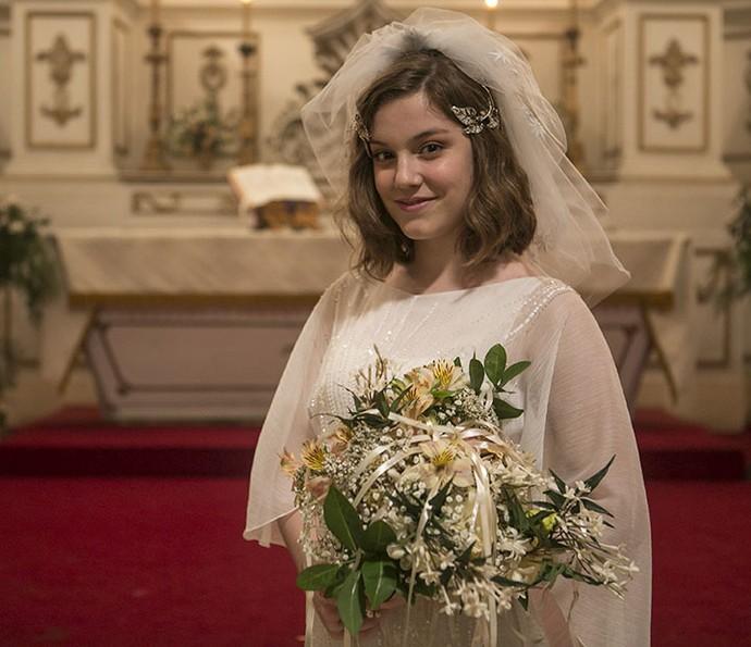 Alice conta que tem o desejo de se casar na igreja (Foto: Inácio Moraes/Gshow)