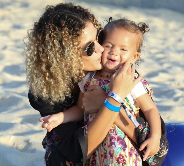 Sol de Maria e a mãe, Laura Fernandez (Foto: Roberto Filho/Brazil News)