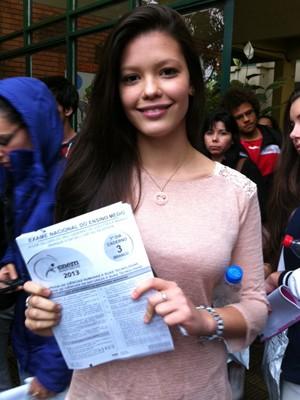 Vitória faz provas do Enem em Porto Alegre (Foto: Luiza Carneiro / G1)