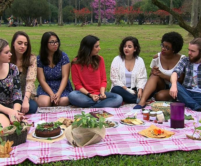 690Mistura com Rodaika Nos Coworking Barbara Tubelo Help Inspiração Tati Portella Alice Bastos Neves Cris Silva Plantas Comestiveis (Foto: Reprodução/RBS TV)