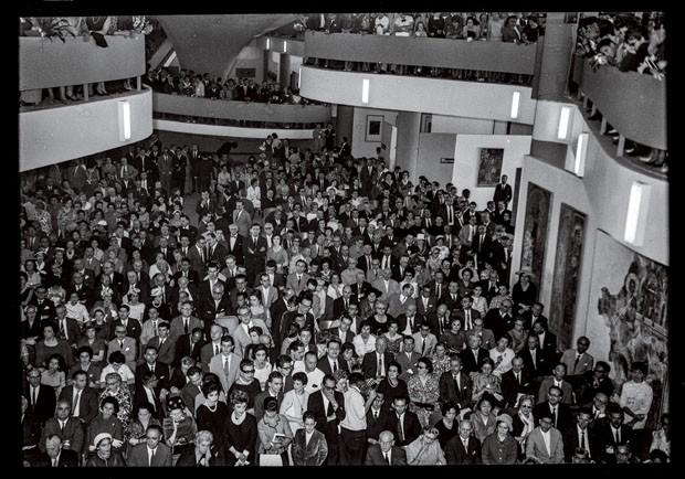 Abertura da Bienal de São Paulo, em 1961 (Foto: divulgação)