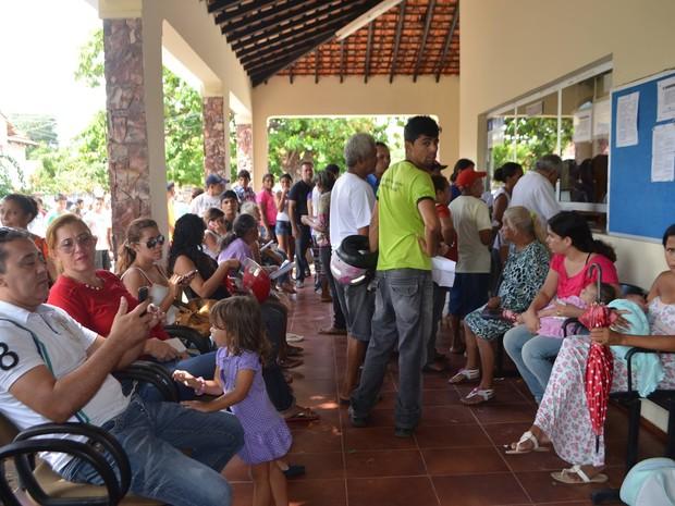Em Parnaíba eleitores também deixaram para fazer recadastramento no último dia (Foto: Tacyane Machado)
