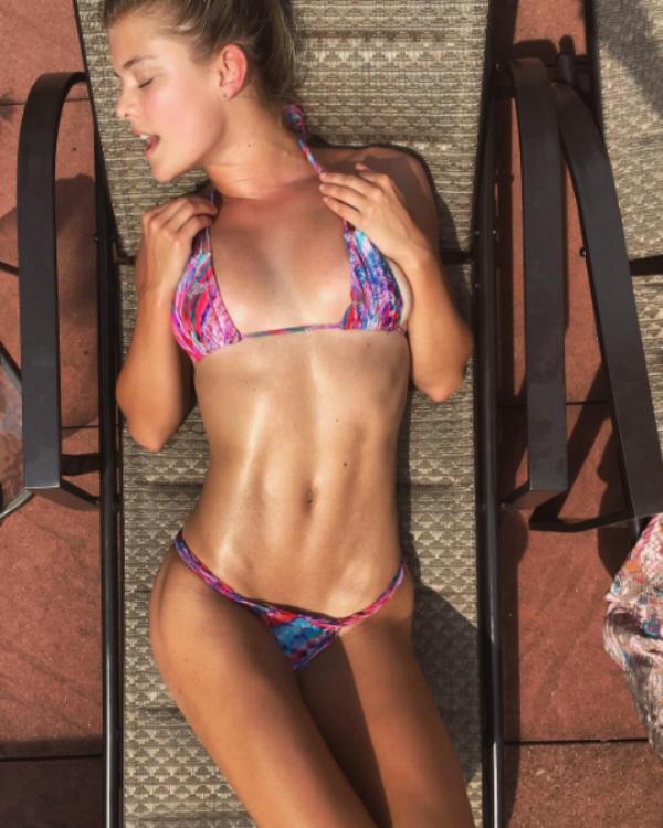 Nina Agdal em foto em seu perfil nas redes sociais (Foto: Reprodução/Instagram)