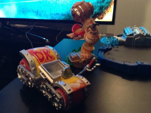 Miniatura de Donkey Kong para o novo 'Skylanders' é muito simpática (Foto: Bruno Araujo/G1)